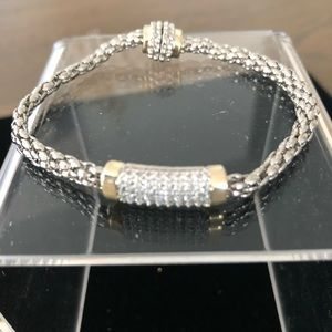 Jewelry - NWT two tone bracelet with bar of stones in middle